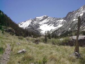 crestone colorado hiking trail