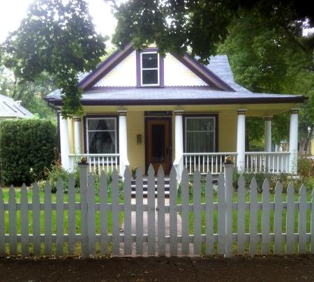Fort Collins, Colorado neighborhood - house